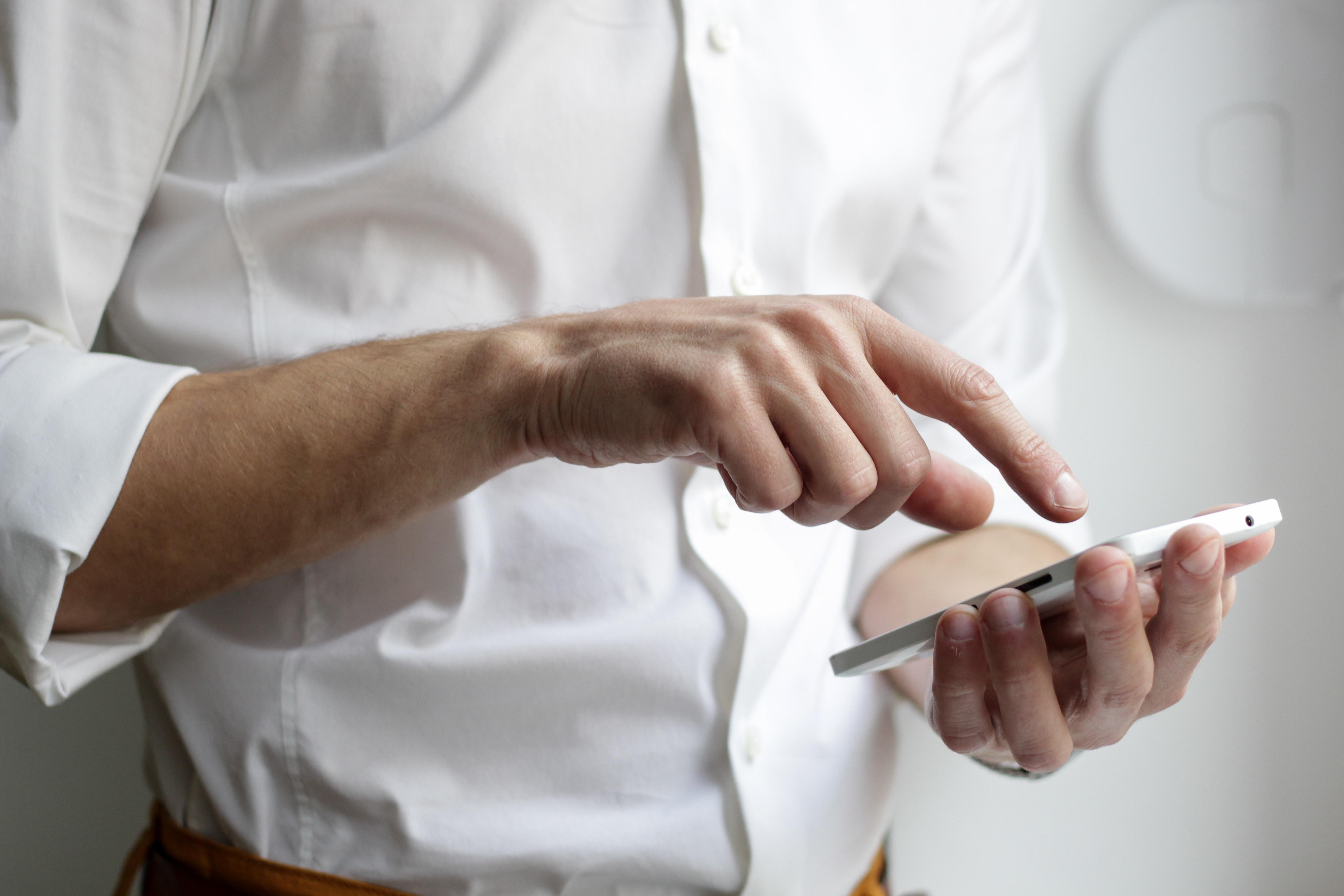 Moderne Stakeholder-Befragungen (Mitarbeiterbefragungen, Kundenbefragungen) nutzen innovative Techniken für den Onine-Fragebogen.